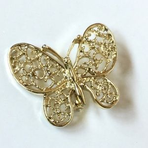 Gerry's Vintage Butterfly Filagree Gold Brooch